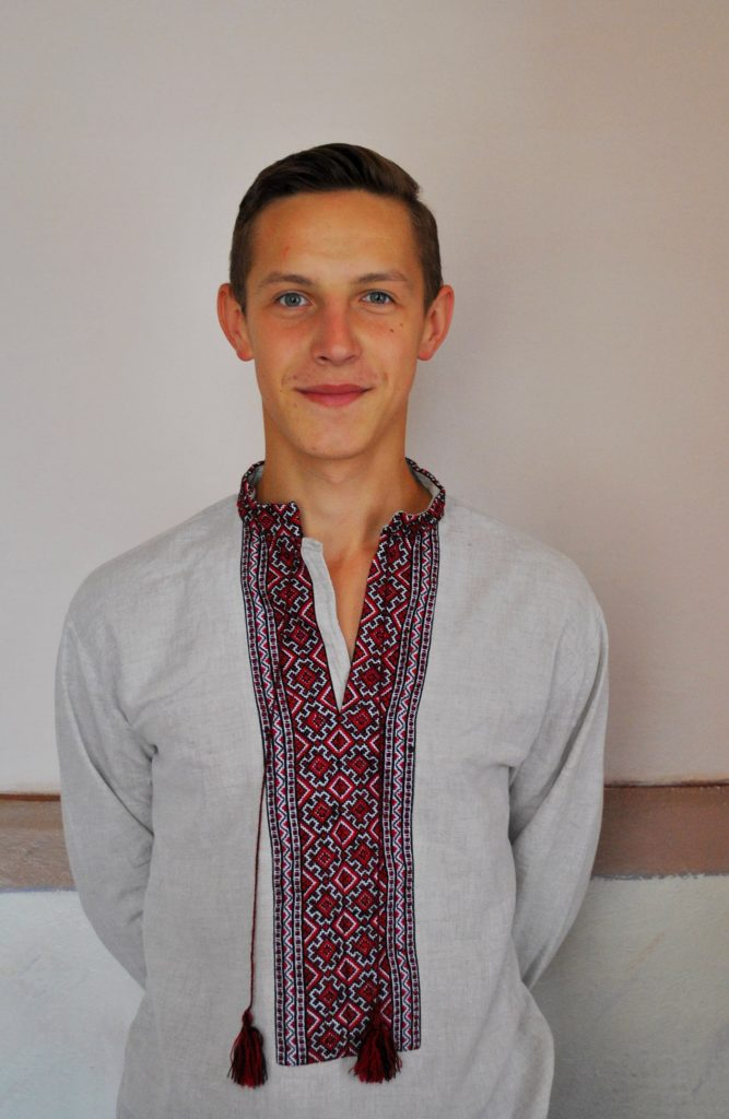 Пиріг Андрій  - міністр спорту і охорони здоров'я